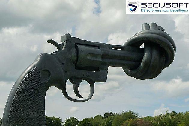 Geweld tegen politie, beveiligers en hulpverleners neemt spectaculair toe. - Secusoft, dé software voor beveiligers